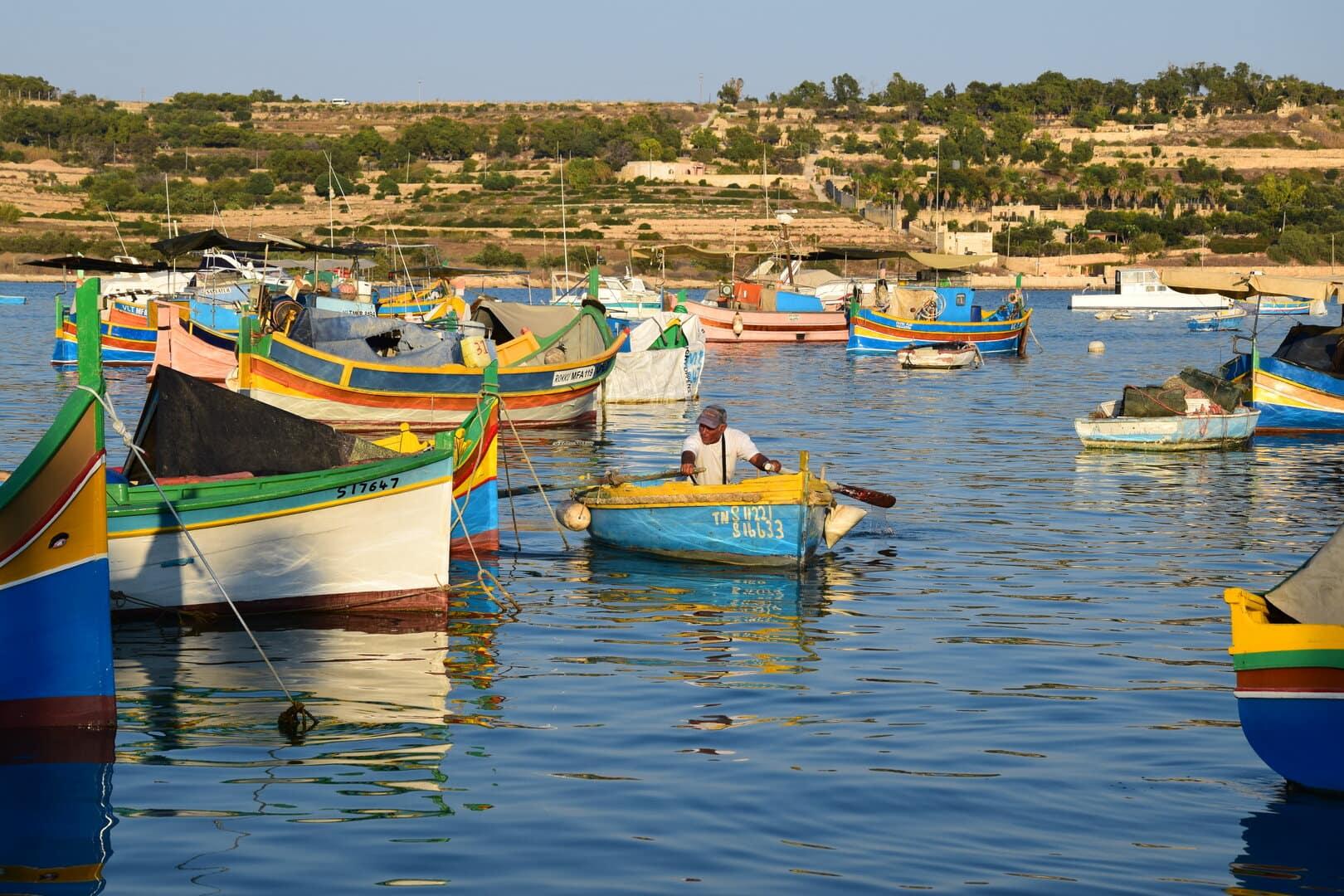 Málta bezár beutazási korlátozások szigorú