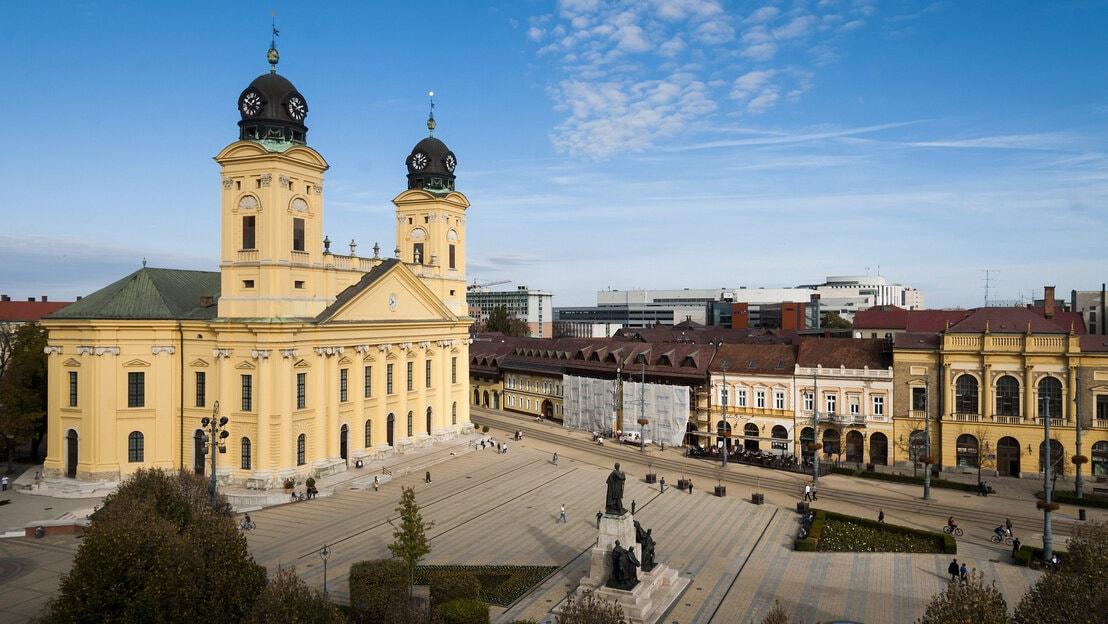 négycsillagos szálloda Debrecen fejlesztés